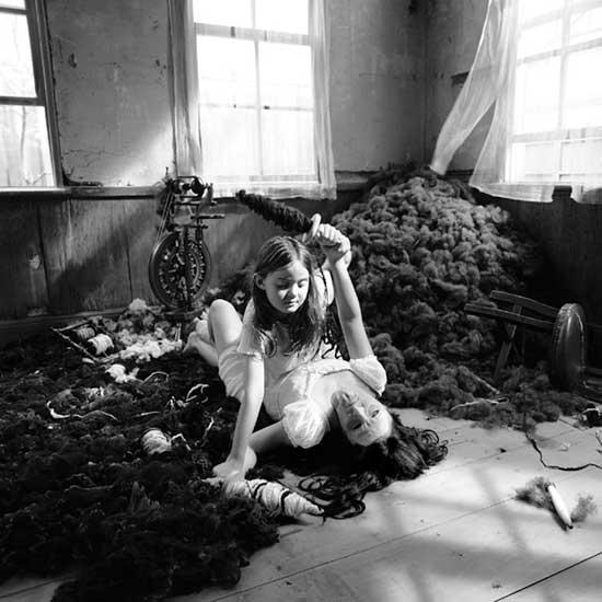 """מיווה ינאגי - היפיפיה הנרדמת. מתוך הסדרה """"סיפורי פיות"""", 2004"""